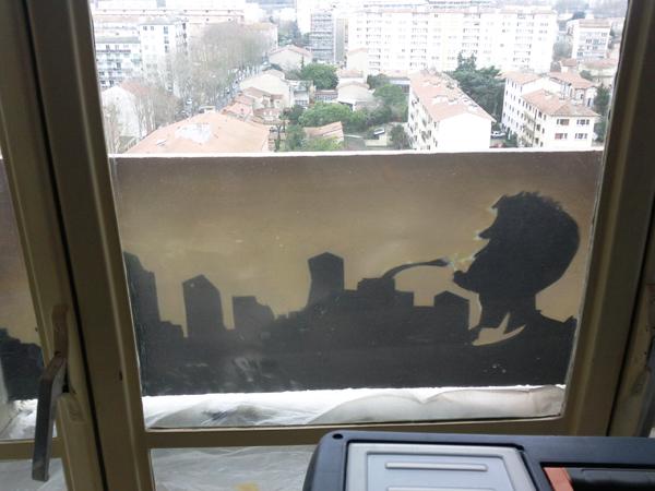 jazzman balcon - contraste sur le ciel